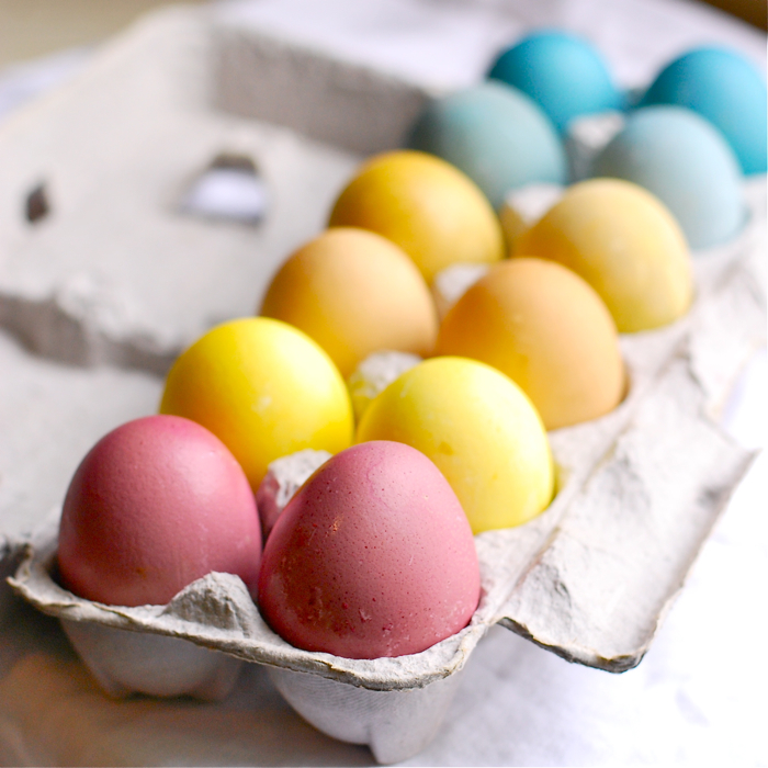 natural-dyes-for-easter-eggs-3