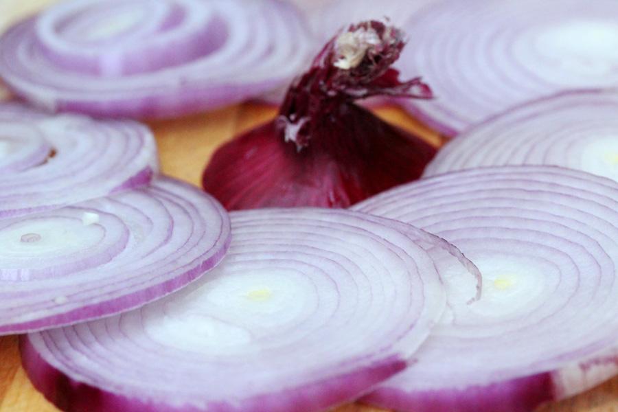 5-sliced-onions